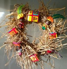 Is Sinterklaas al in jouw interieur te vinden? – Famme Christmas Party Games For Adults, Christmas Gifts For Mom, Diy Christmas, Xmas, Outdoor Christmas, Christmas Lights, Christmas Wreaths, Diy Gift Box, Diy Box