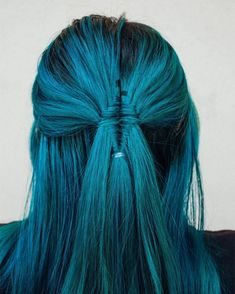Stunning teal diamond updo by @b.e.a.u.t.y_with.em Try our Neptune pack for the perfect teal blend #lunartides #tealhair Teal Hair Dye, Dark Teal Hair, Teal Hair Color, Dyed Hair, Hair Colors, Emerald Hair, Hair Goals, Updos, Braids