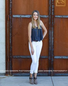 Another one of Katelynn's favorites. I adore her outfit in this one especially against these wood doors. Love love love!  Hair by @abimanda and mua: @scenecosmetics  #colleensandersphotography #cspseniormodels #classof2017 #oakridge