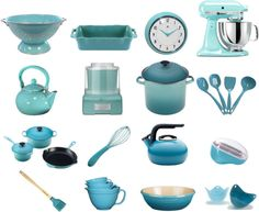 sally lee by the sea aqua in the kitchen http - Turquoise Kitchen Decor