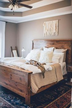 Gorgeous Rustic Farmhouse Master Bedroom Ideas 23