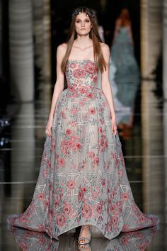 Couture Spring 2015 LOOK 43 Strapless princess dress in tulle, embroidered with pink flowers and green leaves