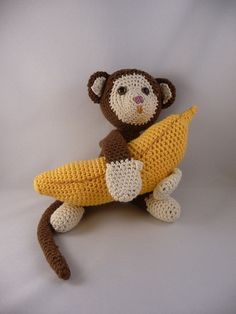 crochet... I want one of these for C! Who wants to make me one?