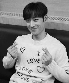 Lee Je Hoon Korean Men, Korean Actors, Lee Je Hoon, Cute Faces, Celebs, Celebrities, Attractive Men, Boys Who, Korean Drama