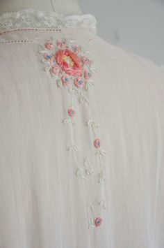 vintage antique lingerie dress gown / rare pink cotton lace lingerie g. vintage antique lingerie dress gown / rare pink cotton lace lingerie g. via Etsy. Embroidery Fashion, Ribbon Embroidery, Embroidery Stitches, Embroidery Patterns, Applique Fabric, Lingerie Gown, Lingerie Models, Heirloom Sewing, Ribbon Work