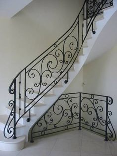 ... Wrought Iron Staircase, Wrought Iron Stair Railing, Stair Railing Design, Interior Staircase, Staircase Remodel, Metal Stairs, Stair Handrail, Staircase Railings, Wooden Stairs