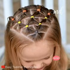 It's a super cute and festive hairstyle that will stay put for a few days By: Toddler Hairstyles lange haare videos festlich einfach CANDY CORN ELASTIC HAIRSTYLE Easy Toddler Hairstyles, Easy Little Girl Hairstyles, Cute Hairstyles For Kids, Cute Girls Hairstyles, Kids Braided Hairstyles, Short Hairstyles, Halloween Hairstyles, Simple Hairstyles, Natural Hairstyles