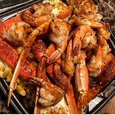 something I'd happily eat Food To Go, I Love Food, Seafood Recipes, Cooking Recipes, Seafood Boil, Meat Recipes, Romantic Meals, Food Goals, Aesthetic Food