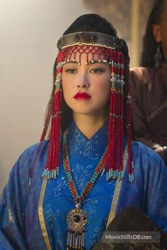 Marco Polo - Publicity still of Zhu Zhu. Movie Costumes, Dance Costumes, Marco Polo Netflix, Zhu Zhu, Anime Couples Drawings, Beauty Around The World, Denim Branding, Beaded Bags, Tribal Fashion