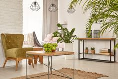Earth tone Living Room Paint Colors Decor Bright Homes Decor Room Paint Colors, Paint Colors For Living Room, Earth Tone Living Room Decor, Cabinet D Architecture, Industrial Style Furniture, Home Selling Tips, Mid Century Modern Living Room, Bright Homes, Shabby