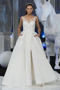 Nicole Spring 2018 Bridal Fashion Show, Rome Fashion Week, TheImpression.com - Fashion news, runway, street style, models, bridal