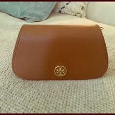 I just discovered this while shopping on Poshmark: Tory Burch Landon Mini bagNWT. Check it out!  Size: OS