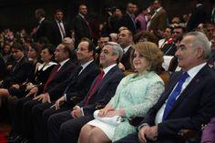 Presidentes de Armenia y Francia asisten al concierto de Aznavour