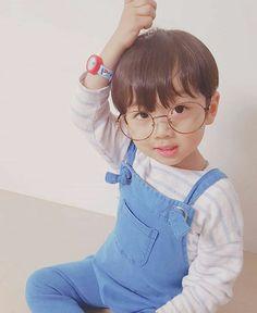 The babysitter [Jikook] - In need Cute Baby Boy, Baby Boy Or Girl, Cute Little Baby, Little Babies, Cute Boys, Kids Boys, Baby Kids, Cute Asian Babies, Korean Babies