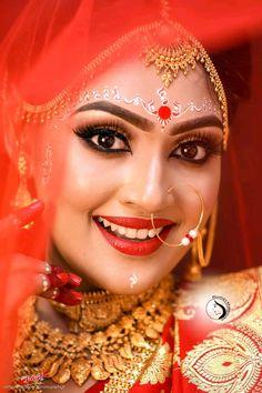 [New] 20 Best Bengali Bridal images - Mordanstylebuzz- Trending fashion and modeling Indian Wedding Couple Photography, Indian Wedding Bride, Bengali Wedding, Bridal Photography, Bengali Bridal Makeup, Bridal Makeup Looks, Indian Photoshoot, Bridal Photoshoot, Indian Bridal Photos