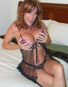 milf mature with a big smile