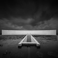 Tadao Ando - Water Temple, Awaji Island, Japan http://www.0lll.com/archgallery2/ando_water-temple/