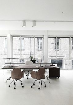 An inspirational conference room can completely change your office work flow. Get tips on creating a stylish work space here.