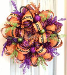 Funky Halloween deco mesh wreath by www.southerncharmwreaths.com #halloween #decomesh #wreath