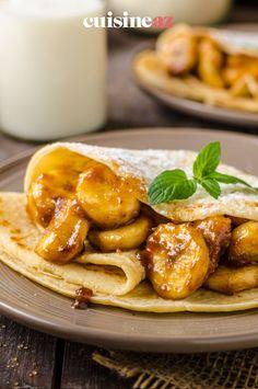 Une recette facile pour la Chandeleur : des crêpes farcies aux bananes caramélisées et noix pour 2 personnes. #recette#cuisine#fruit #banane #noix#patisserie #chandeleur #crepes #crepe Scones, Chicken Wings, Pancakes, Meat, Fruit, Food, Caramelized Bananas, Pancake Day, Waffles