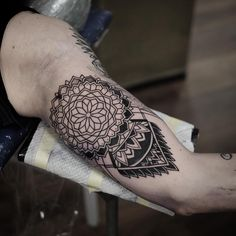 More on Marcel . Thanks buddy #blacktattoomag #blxckink #blackartsupport #mandala #tattoo #taot…