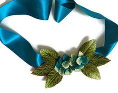 Tocados pamelas peinetascanotiers coronas de flores por Tocchic