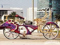 Natural Born Killa Custom Lowrider Bike Right Lowrider Bicycle, Custom Chevy Trucks, Motorized Bicycle, Kids Ride On, Motorcycle Style, Mini Bike, Vintage Bikes, Kustom, Custom Bikes