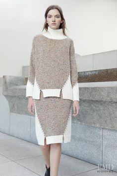 Photo feat. Eva Klimkova - Yasutoshi Ezumi - Autumn/Winter 2016 Ready-to-Wear - Lookbook | Brands | The FMD #lovefmd