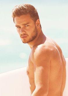 Sooo hot Liam <3