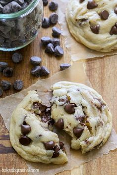 Super soft chocolate chip cookies that stay soft! Recipe from @Rachel {Baked by Rachel}