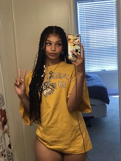 Black Girl Aesthetic, Aesthetic Hair, Pretty Black Girls, Beautiful Black Women, Teen Fashion Outfits, Girl Outfits, Summer Body Goals, Swag Girl Style, Brown Skin Girls