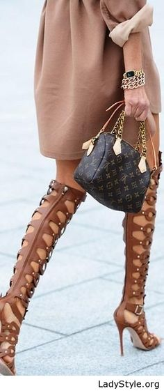 Brown dress, sandals and bag - LadyStyle
