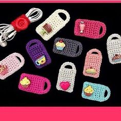 """The location where building and construction meets style, beaded crochet is the act of using beads to decorate crocheted products. """"Crochet"""" is derived fro Crochet Diy, Crochet Hippie, Crochet Cord, Love Crochet, Crochet Gifts, Crochet Stitches, Crochet Ideas, Cordon Crochet, Couture Main"""