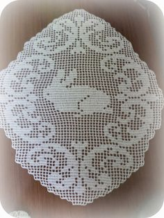 In & around my house : easter decoration Crochet Doilies, My House, Easter, Decoration, Decor, Easter Activities, Deko, Embellishments, Decorating