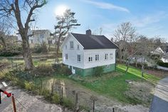 Looks like grandma's childhood home:  Beautiful house for sale; Lillesand / Norway