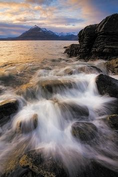 Awesome Rocks in Elgol,Scotland (10+ Pics) | See More Pictures | #SeeMorePictures