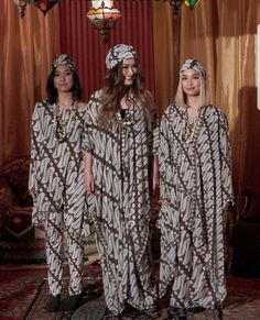 Batik Fashion, Ethnic Fashion, Women's Fashion, Batik Kebaya, Batik Dress, Abayas, Caftans, Lovely Dresses, Dress Long