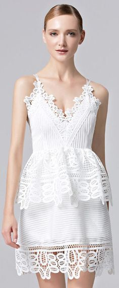 Robe soirée sexy blanche en dentelle Formal Dresses, Fashion, Sexy Evening Dress, Lace, Dress Ideas, Fashion Ideas, Dresses For Formal, Moda, Formal Gowns