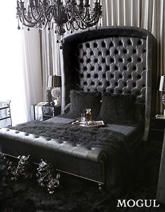 Hollywood Regency I ABSOLUTELY NEED THIS TO BE MY BEDROOM NOW!!