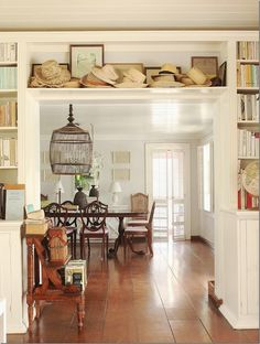 Home Decor Living Room .Home Decor Living Room Warm Color Schemes, Warm Colors, Sweet Home, Style At Home, British Colonial Style, French Colonial, Colonial India, Colonial Home Decor, Colonial Cottage