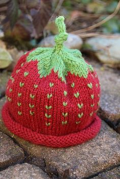 Ravelry: Project Gallery for Berry Baby Hat pattern by Michele Sabatier