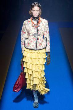 9626f4de66e Colección Ready to Wear de Gucci Primavera 2018. Semana de la Moda de Milan  Y