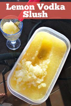 Lemon Vodka Slush Recipe - this amazing summer cocktail is easy to make and can sit in your freezer for months, so it's always there to cool down with on a summer's evening or liven up a pool party. I make this every year - it's that awesome! by deanne Cocktail Drinks, Fun Drinks, Beverages, Pool Party Drinks, Pool Party Recipes, Pool Party Foods, Summer Recipes, Drambuie Cocktails, Rumchata Cocktails