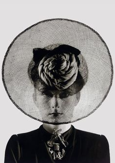 The Closet Historian: Hat Histories: Elsa Schiaparelli This one dating from 1938