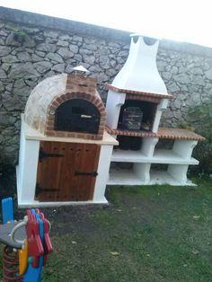 Hornos de Leña de Pereruela. Horno de barro acabado en piedra antural montado en Torrelavega, Santander.