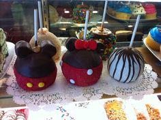 Mickey & Minnie mouse caramel apples :) can't wait to make them!