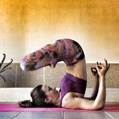 Y aquí mi versión del #anandayogis de hoy, inspirada en la bellísima @alejandra_yoga . @cristyogi @yogaflor @systaley @colombianyogi