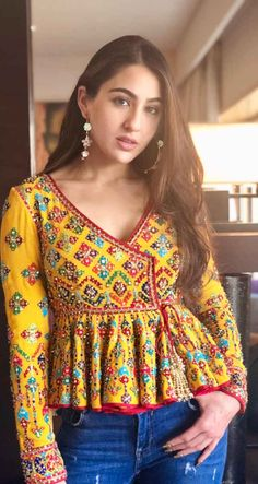 Best embroidery dress indian blouse… Best embroidery dress indian blouses 43 ideas The post Indian Blouse, Dress Indian Style, Indian Fashion Dresses, Indian Designer Outfits, Indian Outfits, Fashion Outfits, Indian Wear, Designer Dresses, Casual Outfits