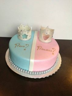 Gender reveal cake fit for royalty