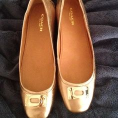 COACH flexible leather flats ❤️New in Box COACH gold soft leather flats. Nappa leather, extremely soft, flexible & comfortable flats. Color goes great with everything and is great for fall & holidays!!  New in box, never been worn ❤️❤️ Great Christmas gift! Coach Shoes Flats & Loafers